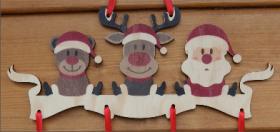 Mobile en Bois - Père Noël - 4 Chaussettes - Cadeau personnalise personnalisable - 3